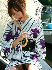 Asian kimono model is lovely and sexy