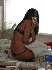 Sexy Asian hottie camwhoring in her bedroom